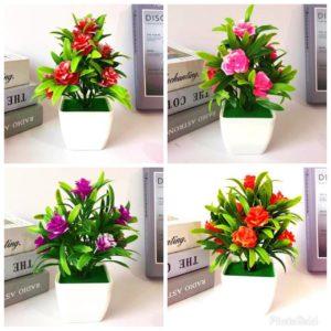 (B003) Bunga Hias Plastik + Pot
